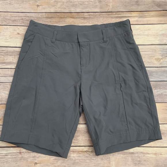 Size XS Evening Black 32 Degrees Ladies/' Woven Short with Stretch NWT